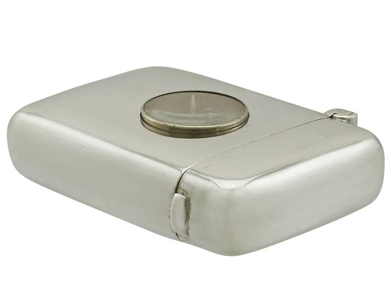 1890s Antique Victorian Sterling Silver Compass Vesta Case In Excellent Condition For Sale In Jesmond, Newcastle Upon Tyne