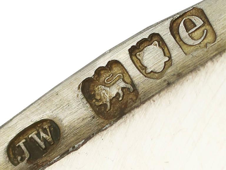 1900s Antique Victorian Sterling Silver and Enamel Flag Vesta Case For Sale 2