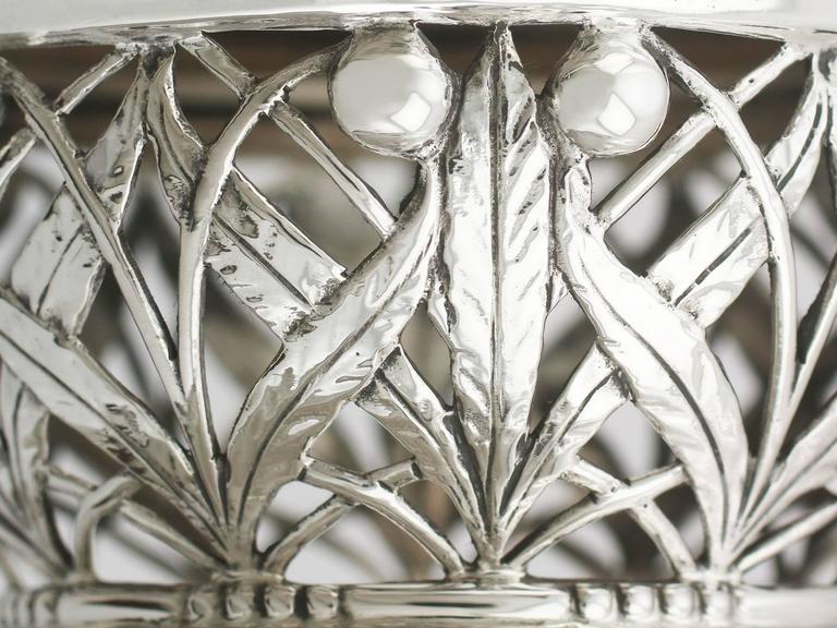 1920s Antique Sterling Silver Centerpiece / Fruit Bowl For Sale 1