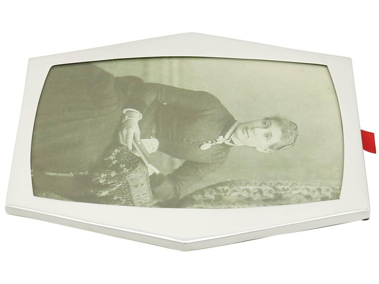 1910s Sterling Silver Photograph Frame For Sale 2