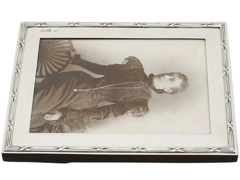 1903 Antique Edwardian Sterling Silver Photograph Frame For Sale 3