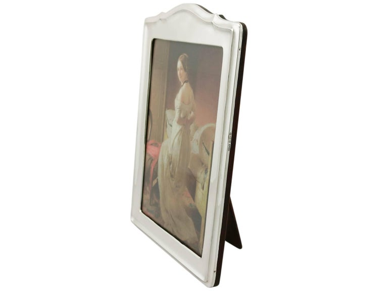 Modern 1910s Antique George V Sterling Silver Photograph Frame For Sale