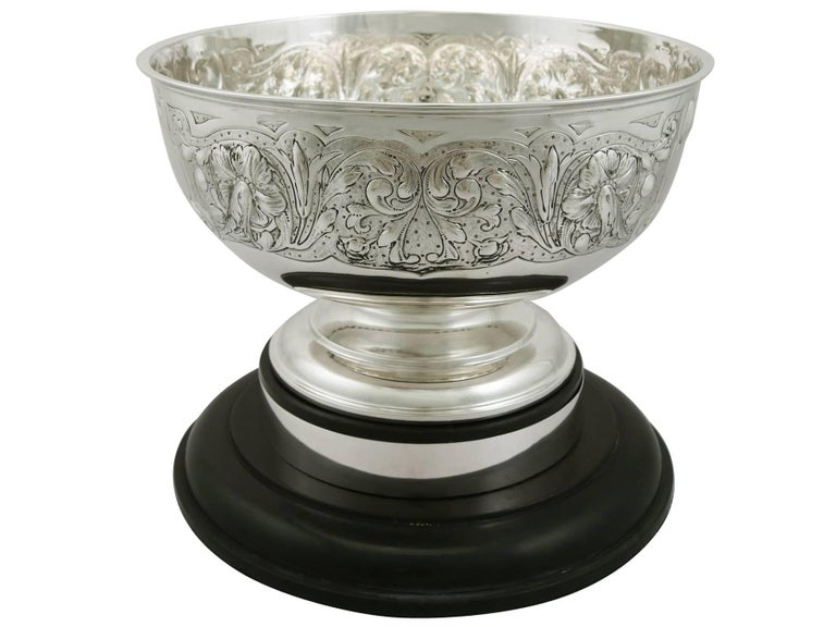 Antique Edwardian Sterling Silver Presentation Bowl by James Deakin & Sons In Excellent Condition For Sale In Jesmond, Newcastle Upon Tyne