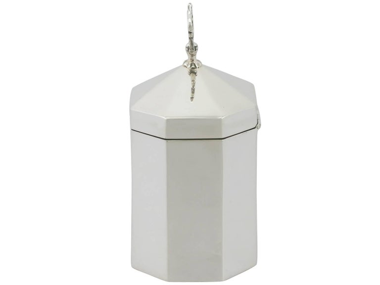 Late Victorian 1890s Victorian Sterling Silver Tea Caddy For Sale
