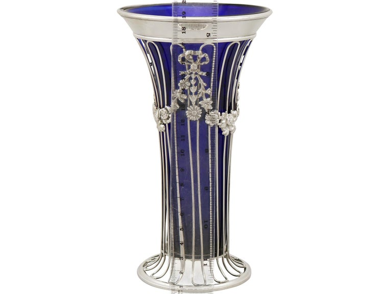 1904 Antique Edwardian Sterling Silver and Glass Vase For Sale 4