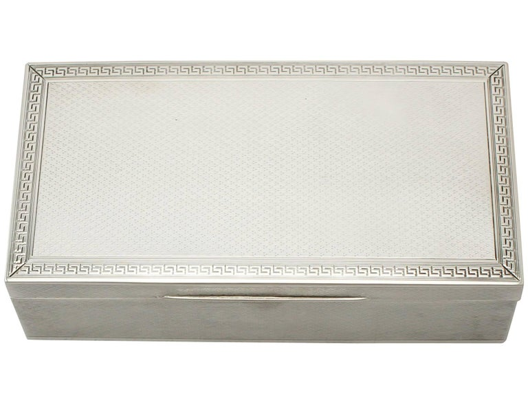 Antique George V Sterling Silver Jewelry Box In Excellent Condition For Sale In Jesmond, Newcastle Upon Tyne