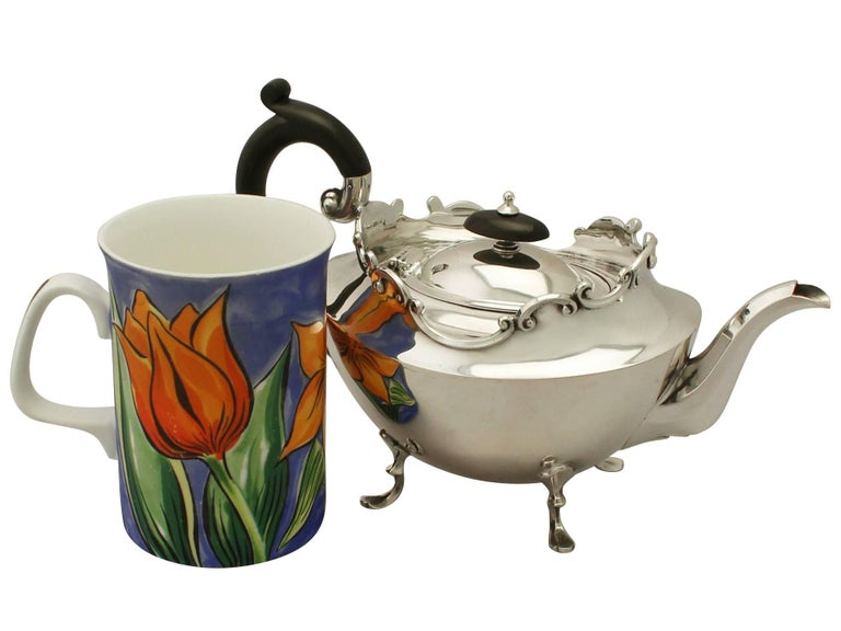 Early 20th Century Antique Victorian Sterling Silver Three-Piece Tea Service, 1900 For Sale