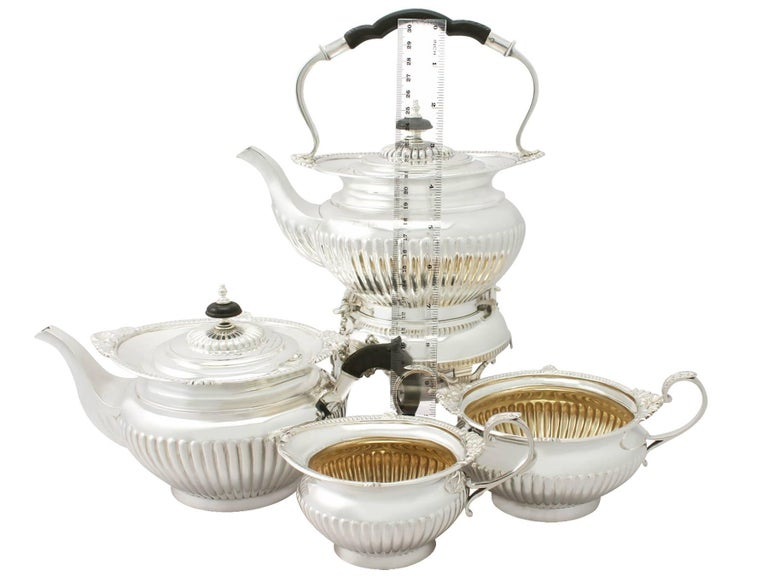 Antique Edwardian Queen Anne Style Sterling Silver Four-Piece Tea Service For Sale 5
