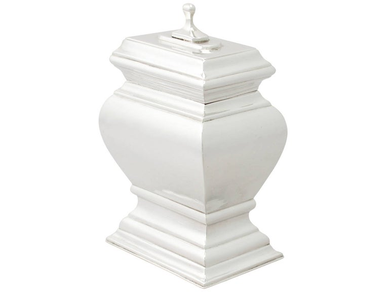 An exceptional, fine and impressive antique early Georgian English Britannia standard silver tea caddy; an addition to our diverse silver teaware collection  This exceptional antique George I Britannia standard silver tea caddy has a classic plain