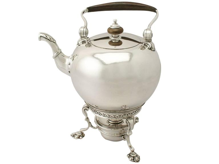Sterling Silver Spirit Kettle, George I Style, Antique Edward VIII In Excellent Condition For Sale In Jesmond, Newcastle Upon Tyne
