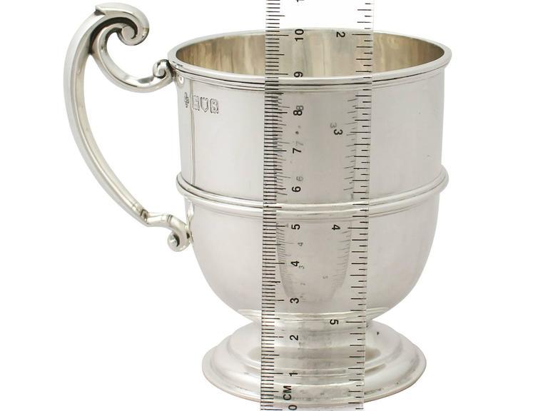 Sterling Silver Christening Mug, Antique George V For Sale 4