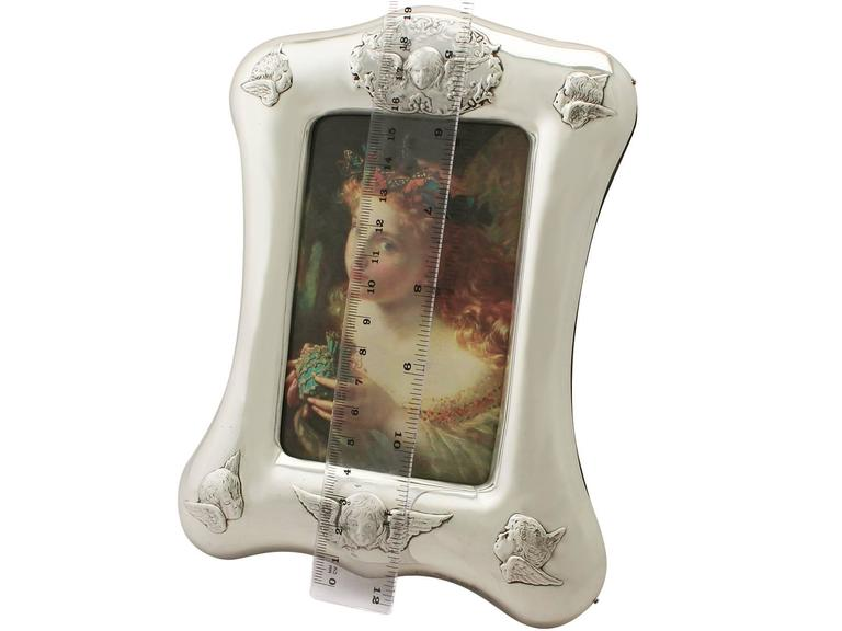 Antique Victorian Sterling Silver Photograph Frame For Sale 4