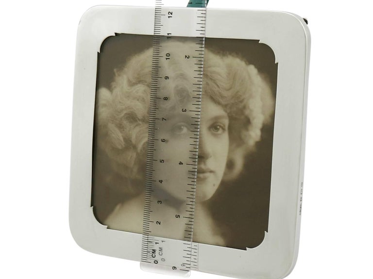 Antique Sterling Silver Photograph Frame For Sale 4