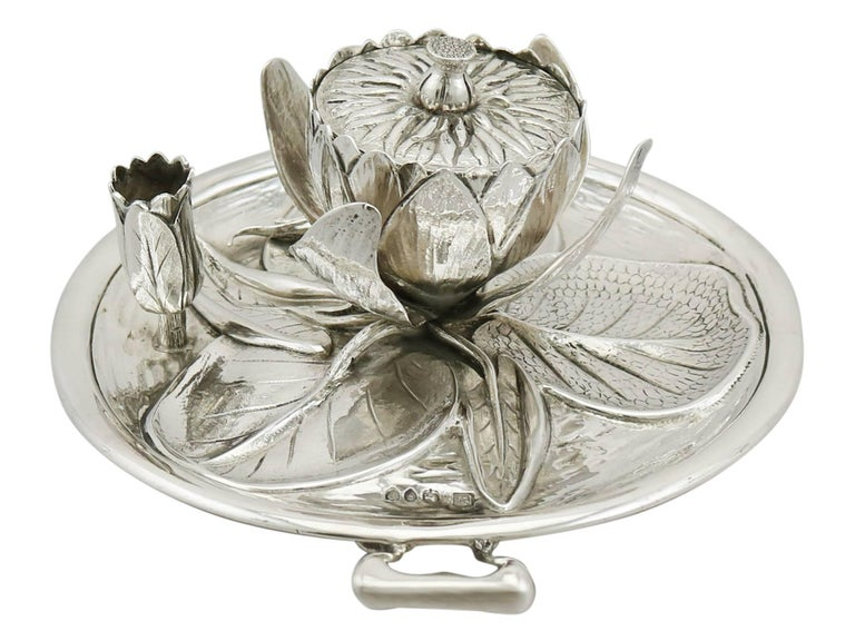 English Antique Victorian 1890s Sterling Silver 'Water Lily' Inkwell For Sale