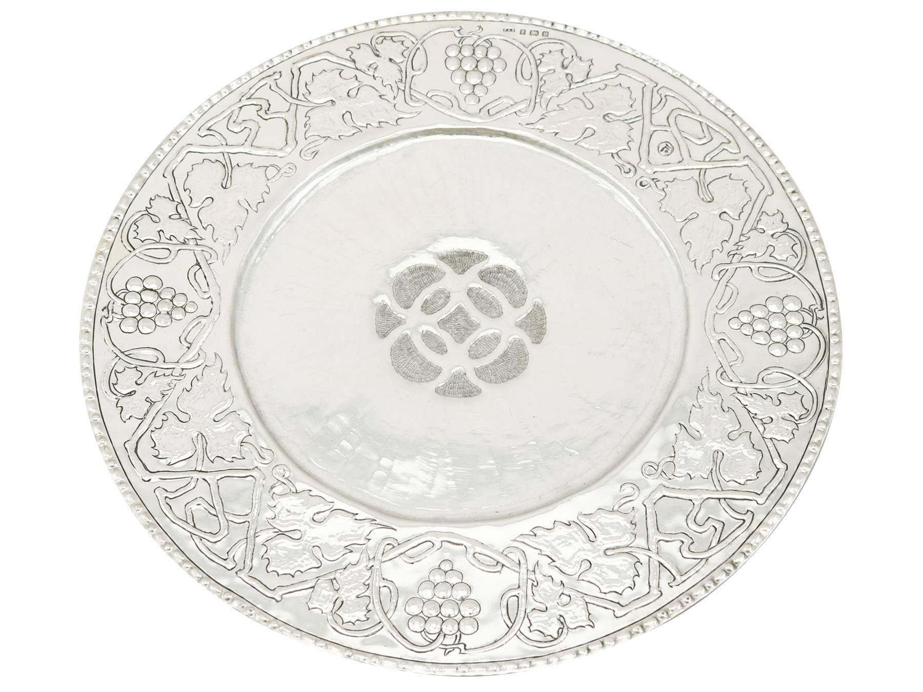 sc 1 st  1stDibs & Edwardian Set of Four Sterling Silver Dinner Plates For Sale at 1stdibs