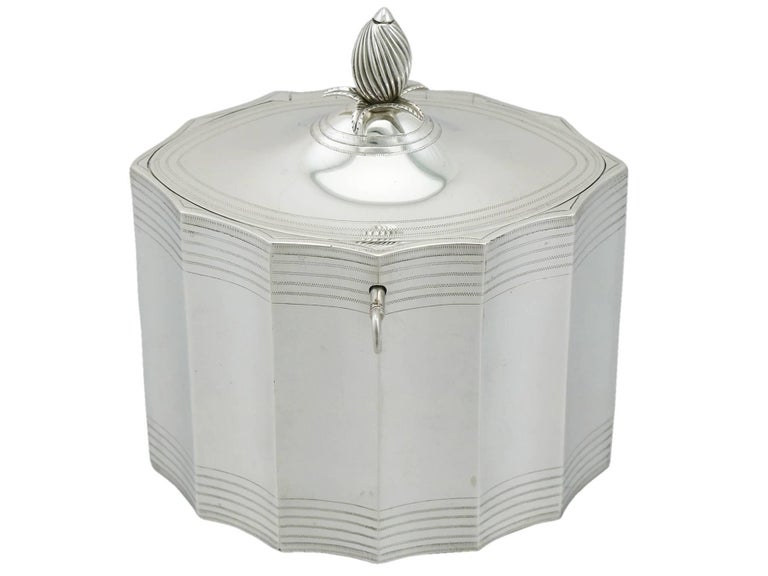 Late 18th Century Georgian 1790 Sterling Silver Locking Tea Caddy by Henry Chawner For Sale