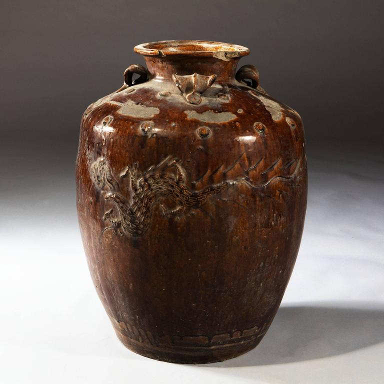 Pair of Large-Scale South Chinese Pottery Storage Jars In Fair Condition For Sale In London, by appointment only