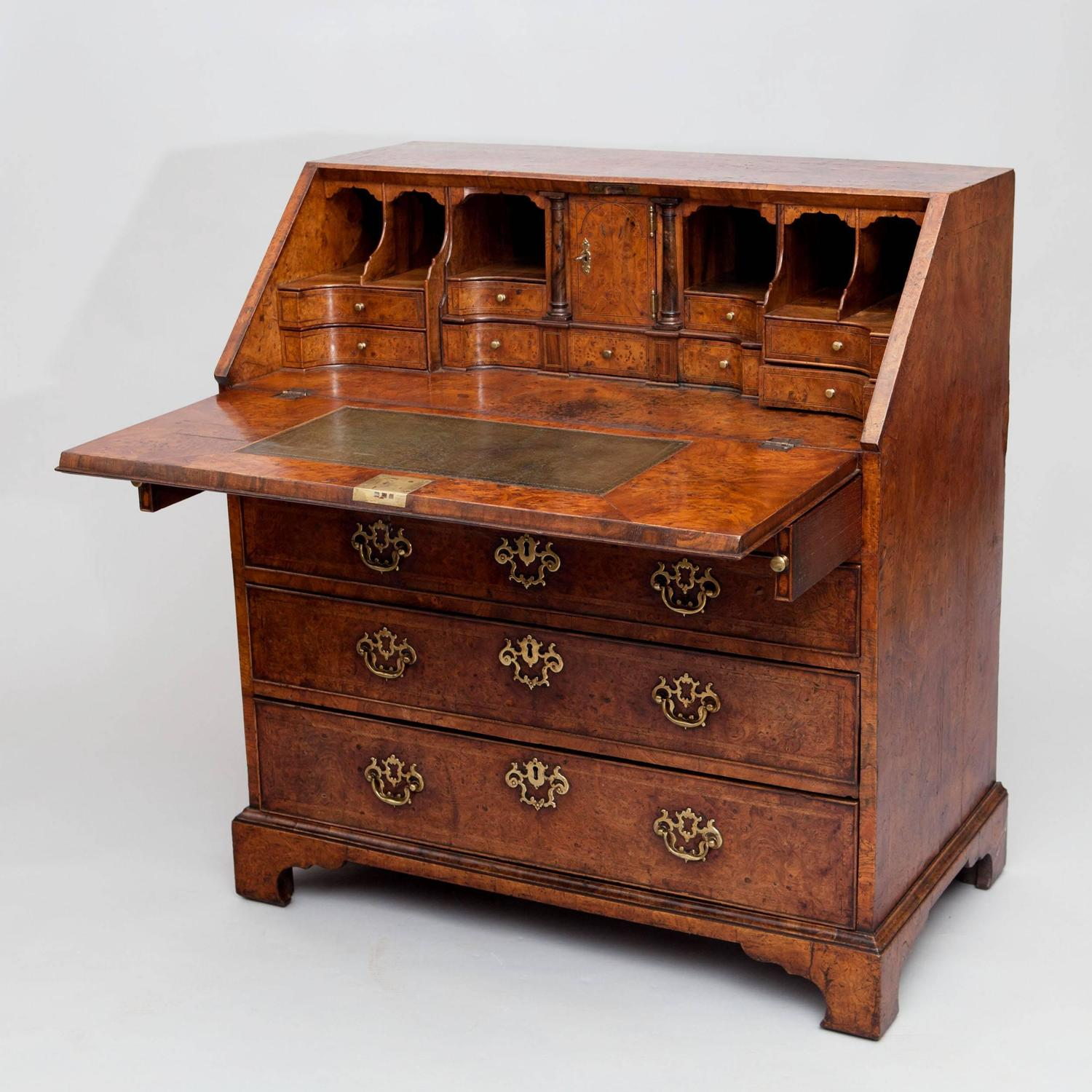 Exceptional george i burr elm fall front bureau for Bureau secretaire