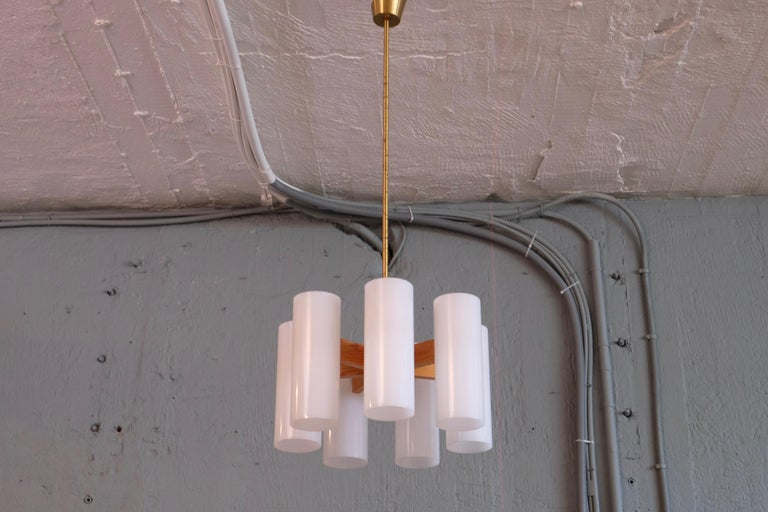 Pair of Luxus Chandeliers by Uno & Östen Kristiansson, 1960s In Good Condition For Sale In Stockholm, SE