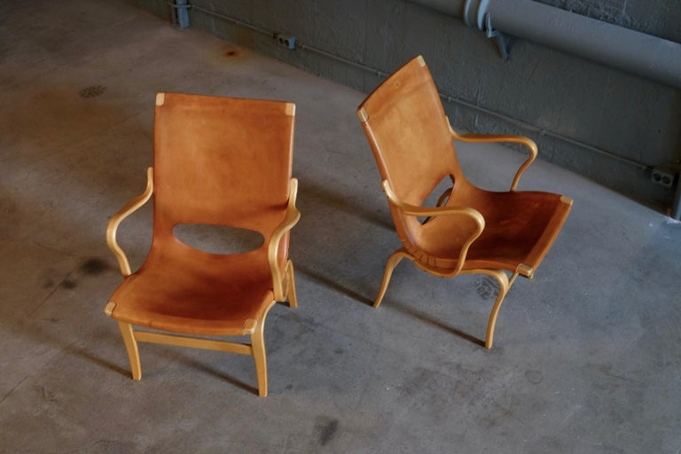 Pair of Bruno Mathsson Leather Eva Easy Chairs, 1960s For Sale 1