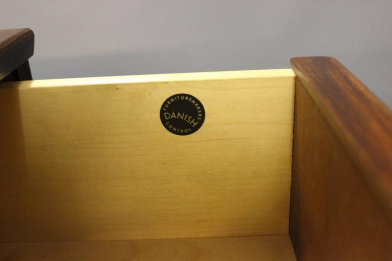 Small Chest of Drawers in Rosewood by