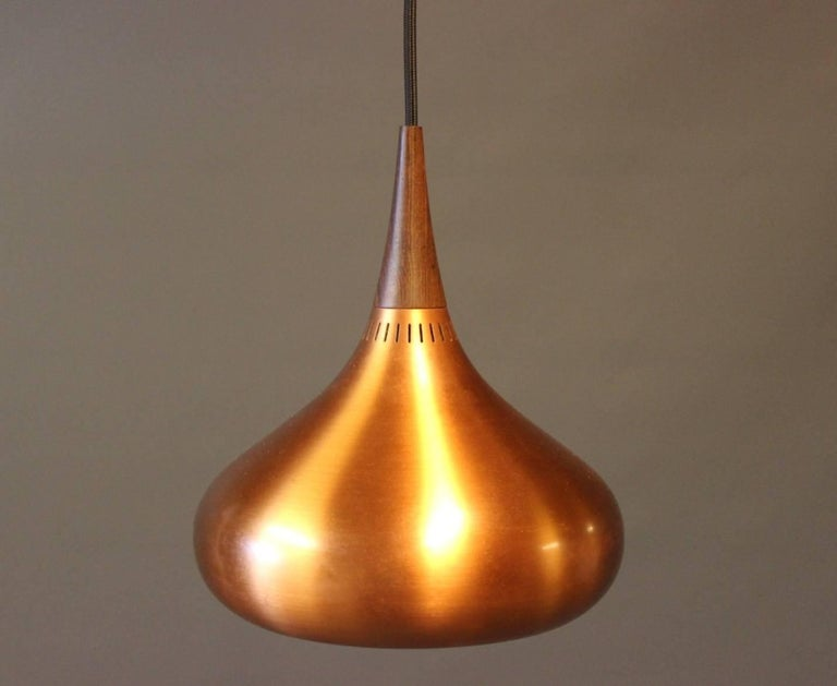 """Pair of """"Orient"""" Pendants by Jo Hammerborg, 1960s In Good Condition For Sale In Lejre, DK"""