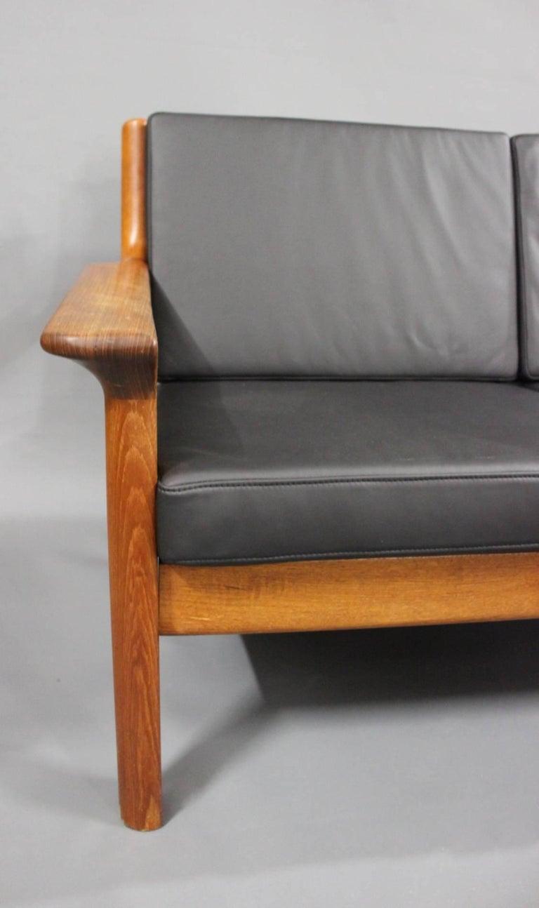 Three-Seat Sofa in Teak by Juul Kristensen and Glostrup Furniture, 1960s For Sale 1