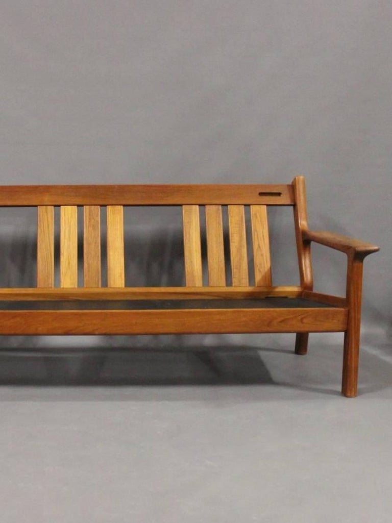 Three-Seat Sofa in Teak by Juul Kristensen and Glostrup Furniture, 1960s In Good Condition For Sale In Lejre, DK