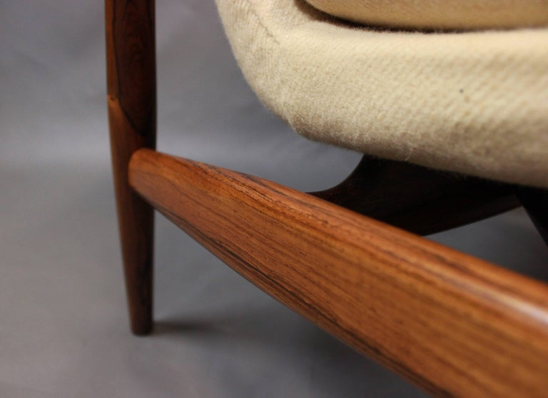 Danish NV45 Armchair in Rosewood and Light Wool by Finn Juhl and Niels Vodder, 1940s For Sale