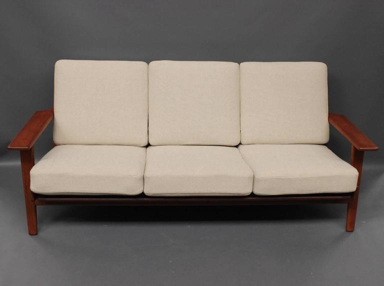 Scandinavian Modern Hans J. Wegner GE290 Sofa in Teak from 1960 For Sale