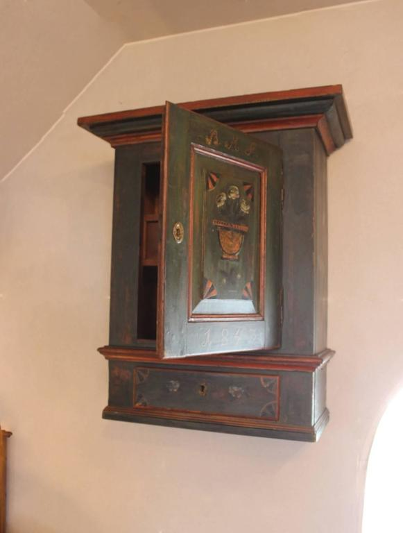Small Antique Cabinet in Painted Pinewood, 1843 2 - Small Antique Cabinet In Painted Pinewood, 1843 For Sale At 1stdibs