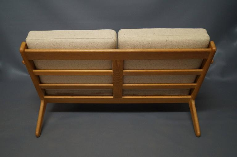 GE 290 Two-Person Sofa Designed by Hans J. Wegner, 1960s 4