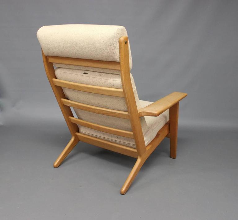Scandinavian Modern Armchair, Model GE290A, by Hans J. Wegner and GETAMA, 1960s For Sale