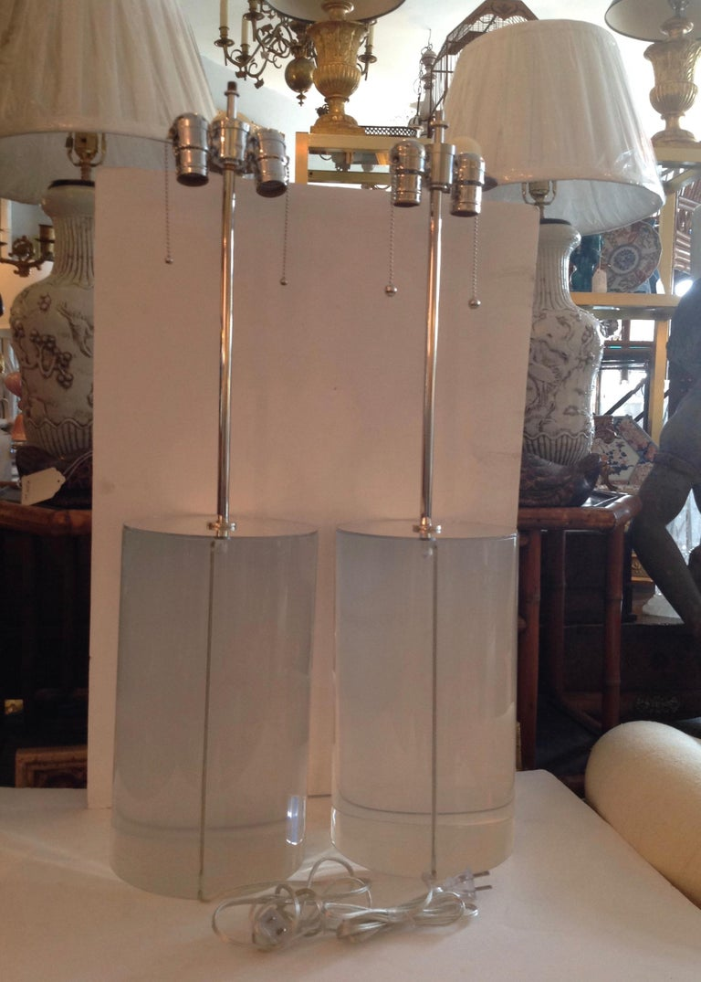 20th Century Pair of Karl Springer Style Lucite Table Lamps For Sale