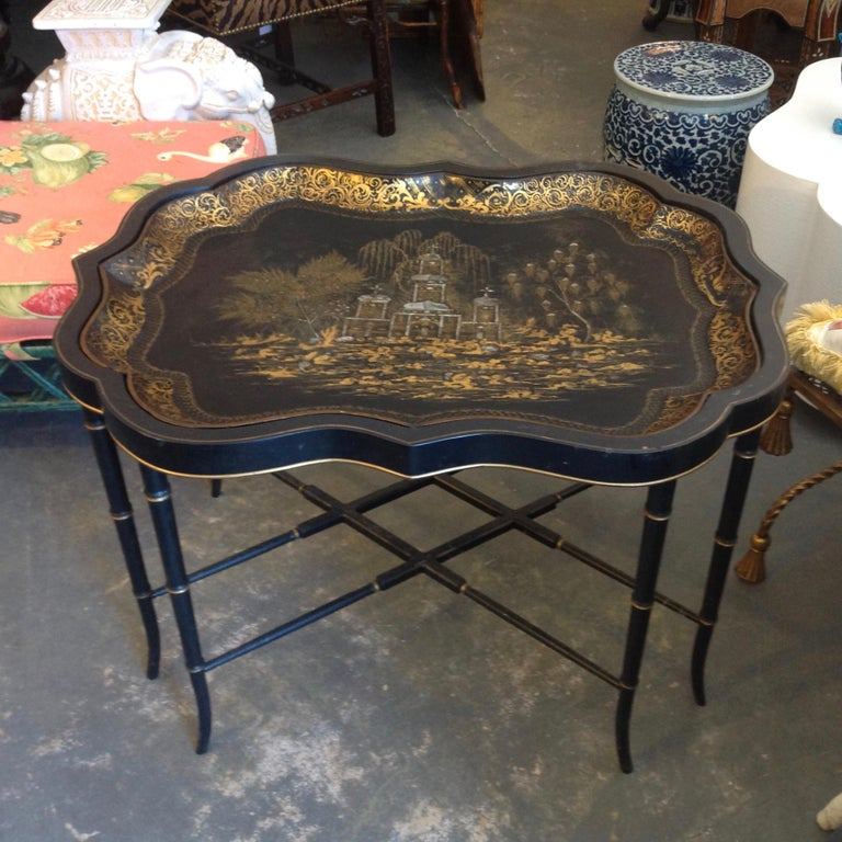 Hand-Painted 19th Century English Chinoiserie Abalone and Gilt Papier Mâché Tray on Stand For Sale