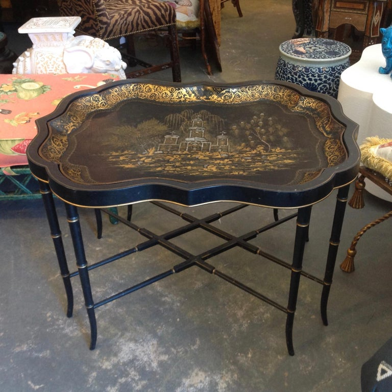 19th Century English Chinoiserie Abalone and Gilt Papier Mâché Tray on Stand In Good Condition For Sale In West Palm Beach, FL