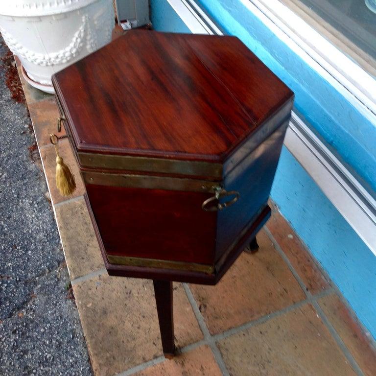 Georgian Period Cellarette For Sale 1