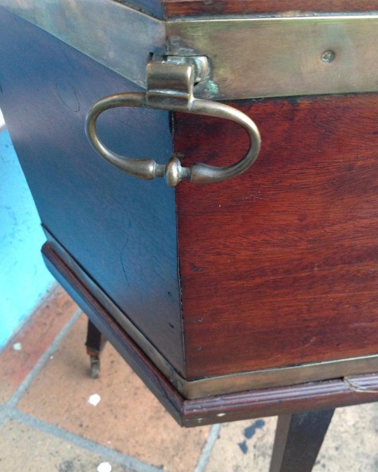 Georgian Period Cellarette For Sale 4