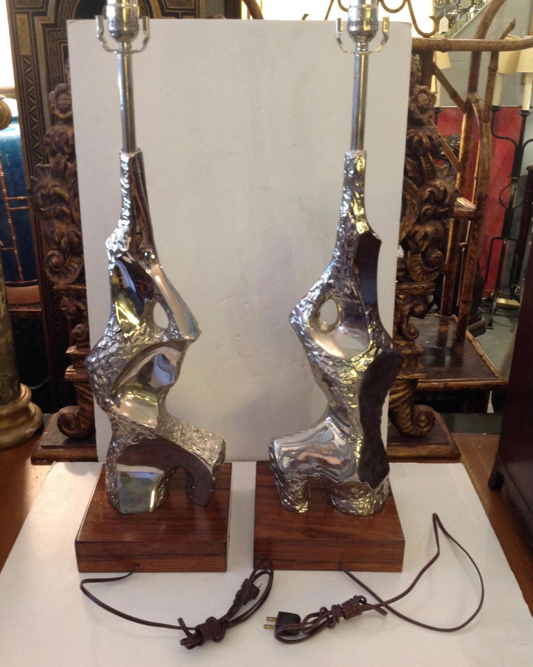 Pair of Maurizio Tempestini Brutalist Rock Form Lamps In Good Condition For Sale In West Palm Beach, FL