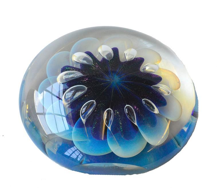 Robert Eickholt Sea Anemone Iridescent Art Glass 1992 For