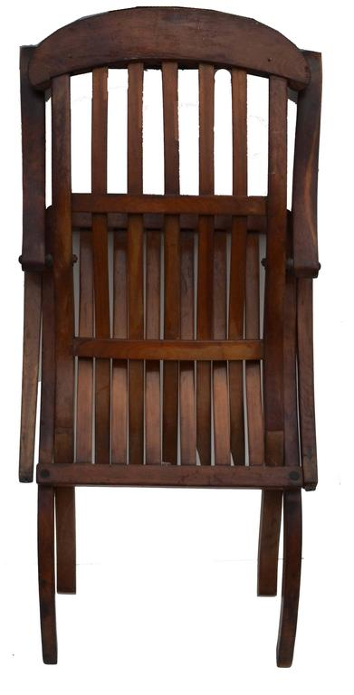 Hand-Crafted Early 20th Century Teak Folding Lounge Chair For Sale