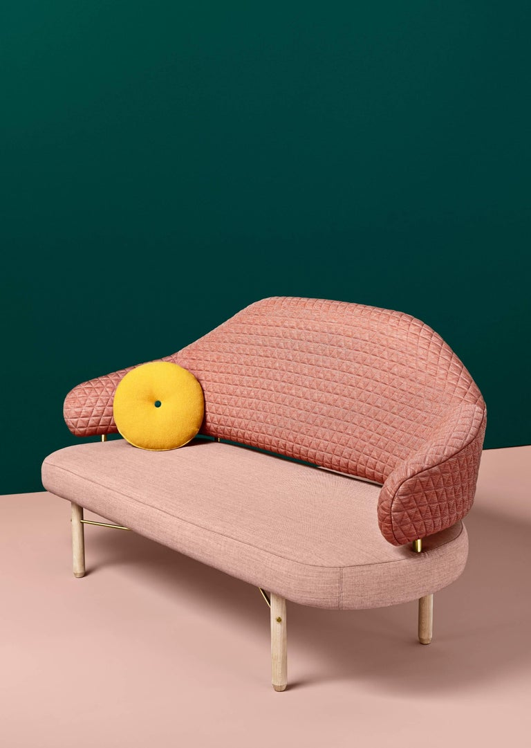 Simone sofa, Sputnik studio, design Homage to Nina Simone Elegant and flirty, Simone catches the attention of every person in the room, with its back suspended over the seat letting us see the beautiful gap between both parts and the golden metal