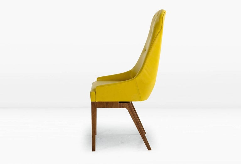 Modern Evander Dining Chair in Yellow Leather with Solid Walnut Base For Sale