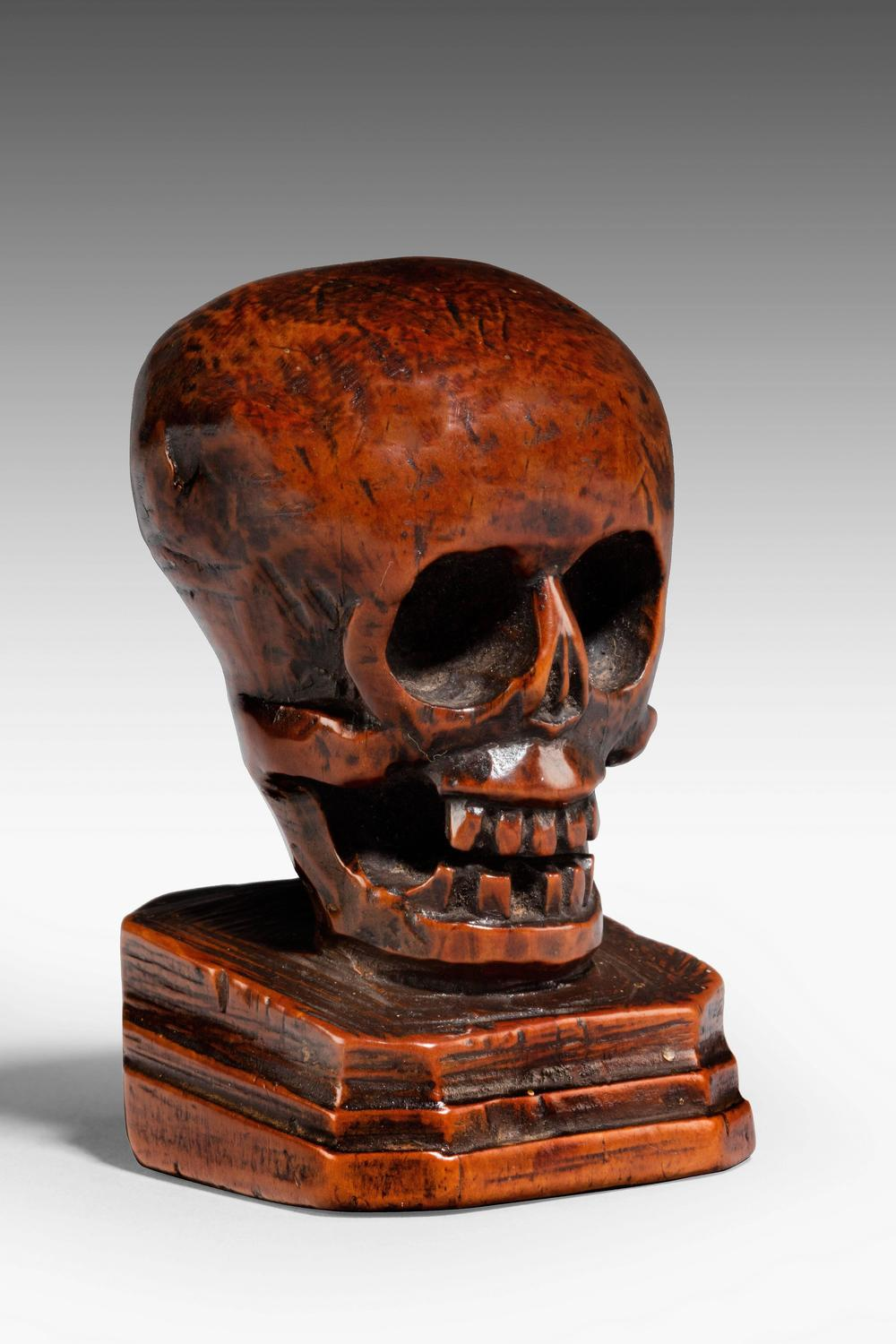Th century flemish miniature carved boxwood skull for
