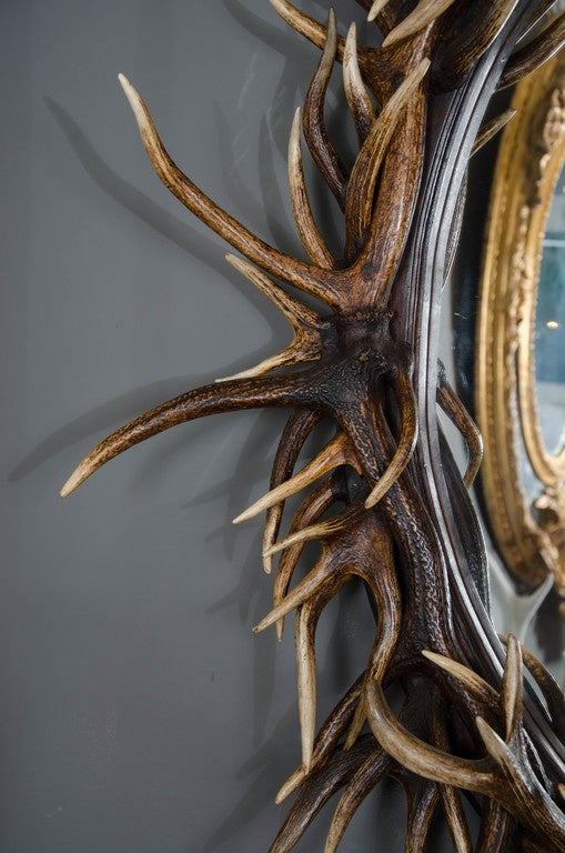 Great Britain (UK) Late 20th Century Large Oval Antler Mirror For Sale