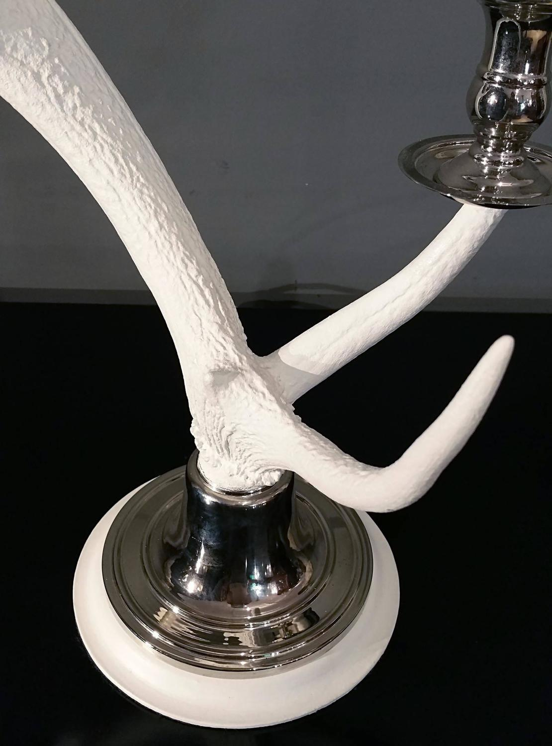 pair of white washed natural antler table lamps for sale. Black Bedroom Furniture Sets. Home Design Ideas