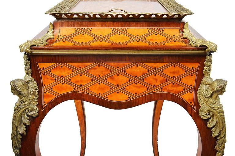 Donald Ross, Louis XVI Style Inlaid Jardinière Table, 19th Century In Excellent Condition For Sale In Brighton, Sussex