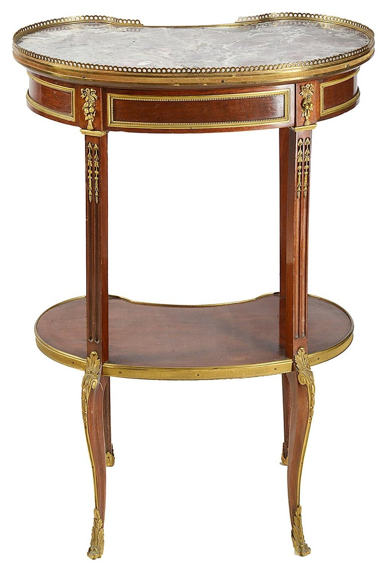 Pair of Late 19th Century French Side Tables In Good Condition For Sale In Brighton, Sussex