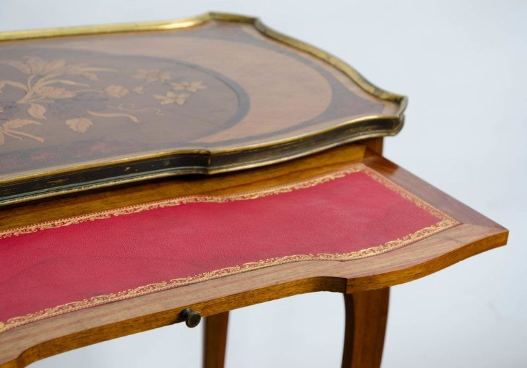 Kingwood Pair of Louis XV Style Inlaid Side Tables For Sale