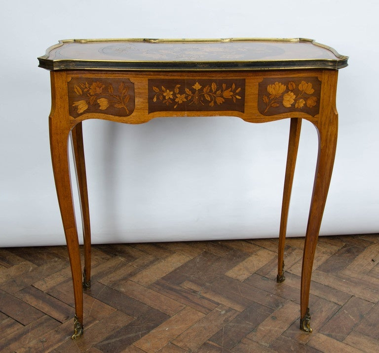 Pair of Louis XV Style Inlaid Side Tables For Sale 1